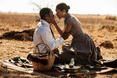Idris Elba & Naomie Harris.