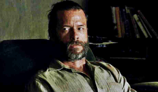 guy-pearce-in-the-rover-movie-3