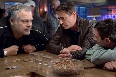 Downey, Jr., Vincent D'Onofrio & Jeremy Strong.