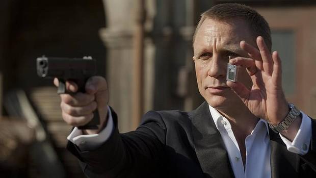 aw-Bond-20121102172319991658-620x349